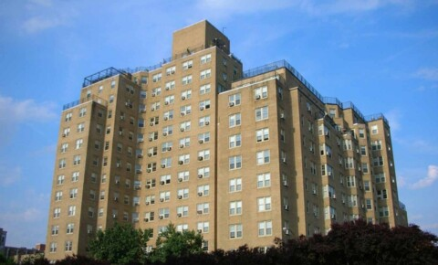 Apartments Near UMSL Montclair on the Park for University of Missouri-St Louis Students in Saint Louis, MO