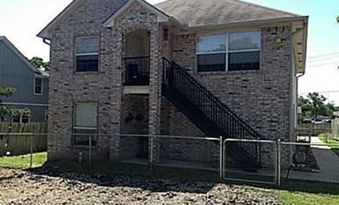 Apartments Near Texas A&M Cooner Duplex for Texas A&M University Students in College Station, TX