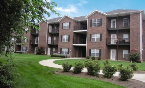 Apartments Near WKU Jackson's Landing Apartments for Western Kentucky University Students in Bowling Green, KY