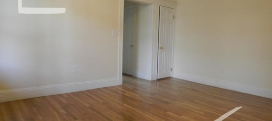 28 Quint Ave Apt 21A