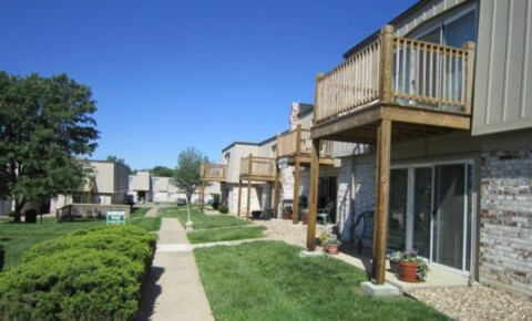 Apartments Near Baker Park 25 for Baker University Students in Baldwin City, KS