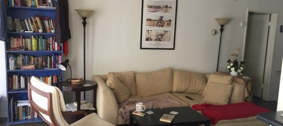 Sweet One Bedroom Apartment in Los Feliz