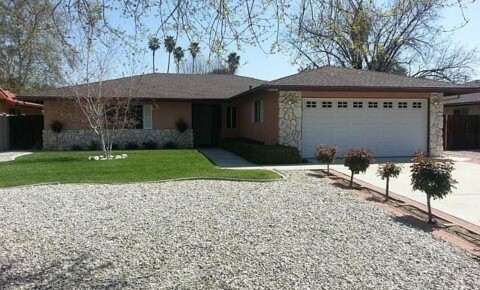 Houses Near MSJC Single story 3 bedroom home available for immediate move in for Mt. San Jacinto College Students in San Jacinto, CA