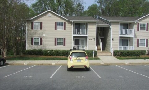 Apartments Near Guilford 5619 Hornaday Rd for Guilford College Students in Greensboro, NC