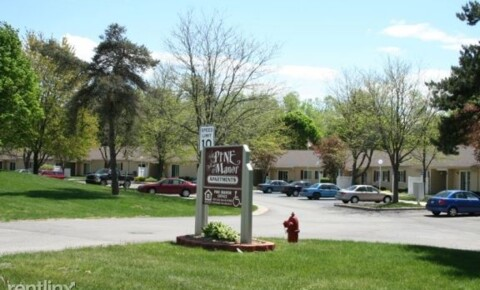Apartments Near MCC Pine Manor for Montcalm Community College Students in Sidney, MI