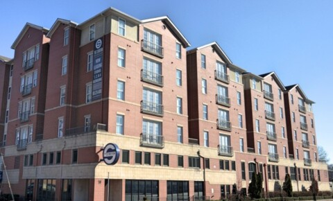 Apartments Near U of M Stratum on Highland for University of Memphis Students in Memphis, TN