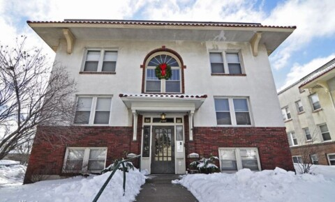 Apartments Near Saint Paul 1160 Grand Ave for Saint Paul Students in Saint Paul, MN