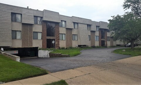 Apartments Near UT HSC Tanglewood Place for University of Toledo Health Science Campus Students in Toledo, OH